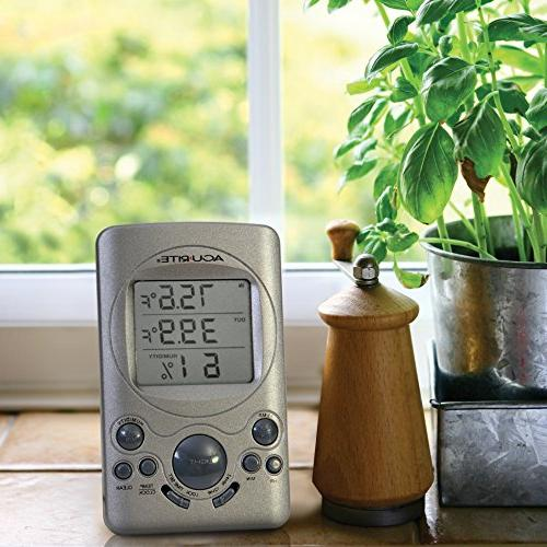AcuRite 00891A3 Indoor/Outdoor Thermometer with